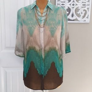 NWOT CHICOS FLUTTER SLEEVE TUNIC TOP